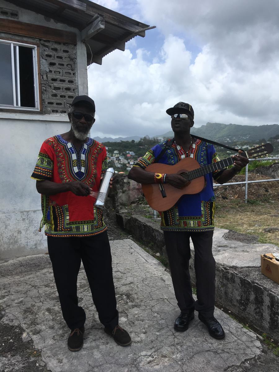 Fina spelemän i St George, Grenada.