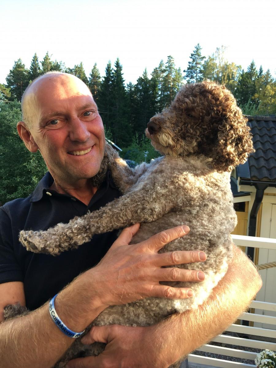 Kärt återseende med vår tidigare hund Kazzi som numera har ett underbart liv hos vännerna Isse och Nettan.