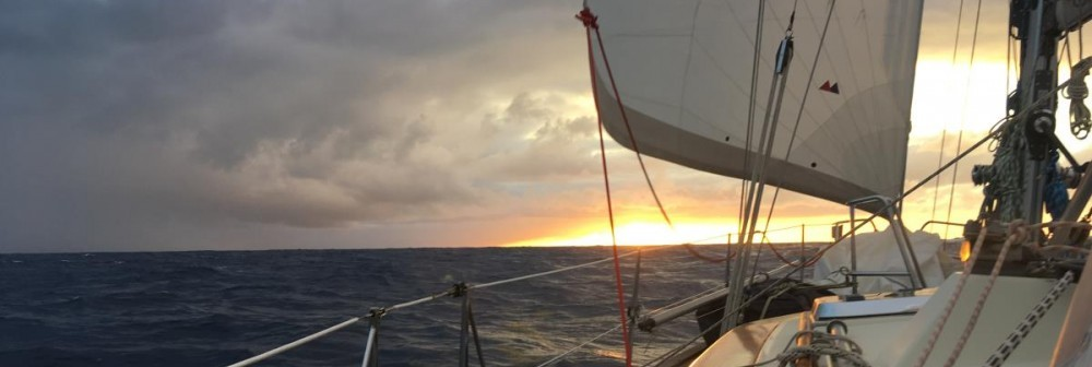 Sailing with S/Y Looma IV