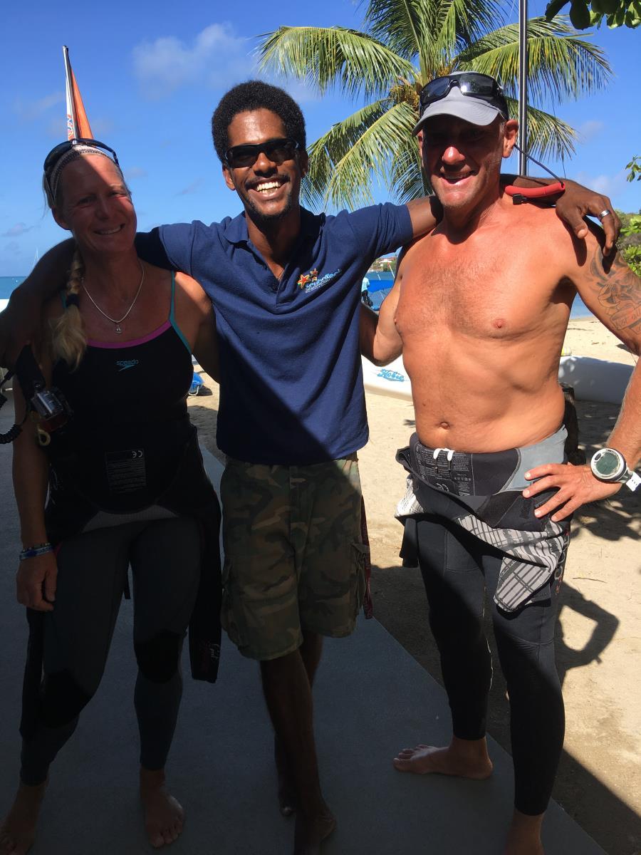 Vi dyker på Grenada med Josh, bror till André på Deferre Dive på Carriacou.